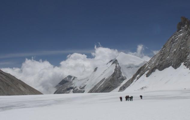 Nous sommes repassé devant pour rassuré tout le monde. Quelle belle ambiance glaciaire !
