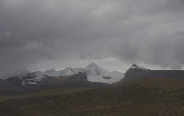 Et au loin des montagnes...
