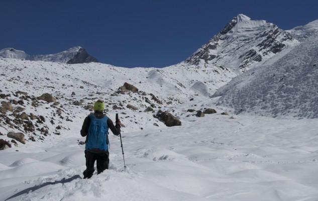 Il y a vraiment de la neige !!! Et nous mettrons le double du temps prévu pour rejoindre le French Base Camp.