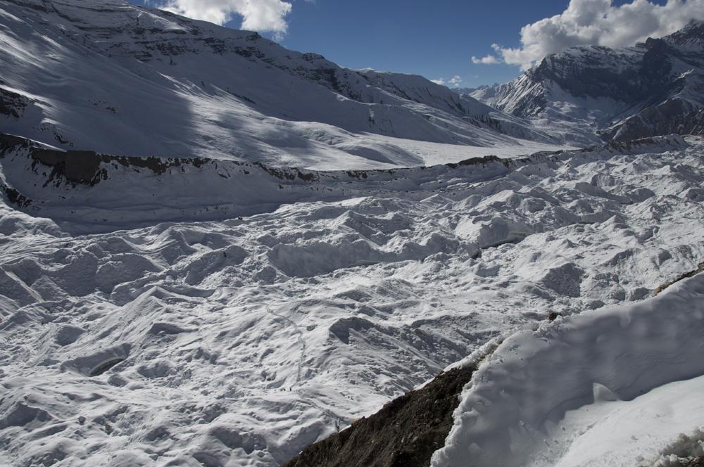 La traversée du glacier, un peu sous la neige !