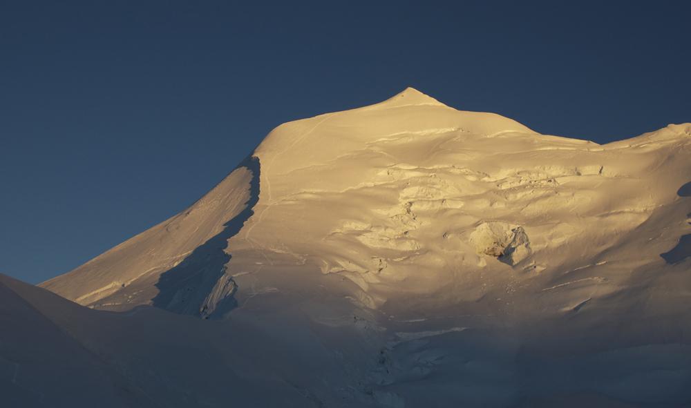 Climbing a 7000, Himlung Himal in Népal