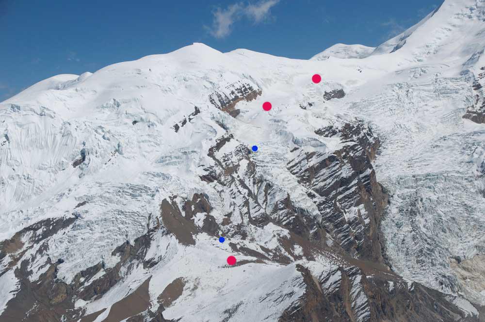 Et des différents camps de la montagne. Nous utiliserons les points rouges.