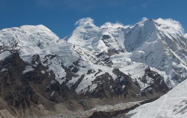 Le versant sud-ouest de l'Himlung.