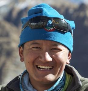 Jangbu Sherpa, cette année Assistant Guide et big boss de l'équipe des alpinistes népalais.