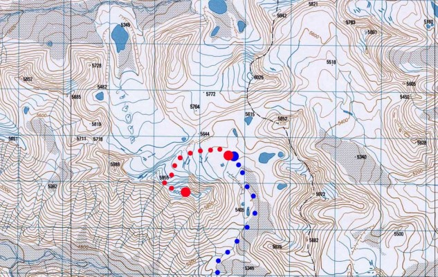 Une carte très précise de notre sommet. Son petit frère est aussi juste en face, puisque les ashvin sont deux (?).