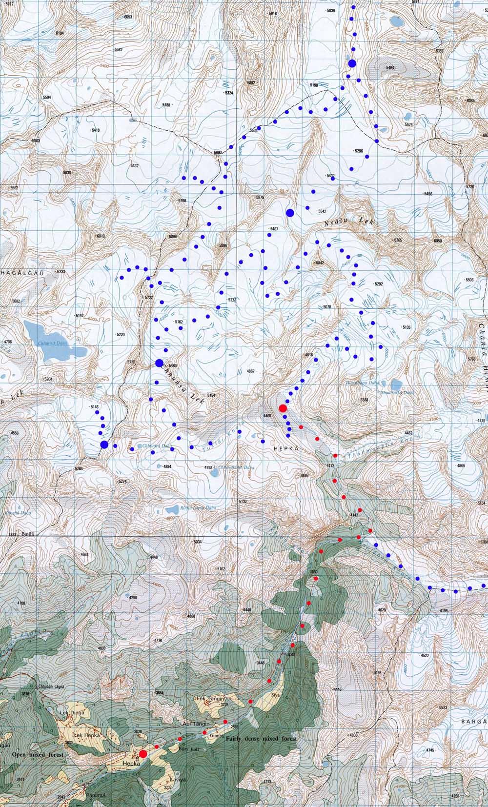 La partie Sud du massif de Limi, avec l'itinéraire à repérer, Si possible jusqu'au gros point rouge.