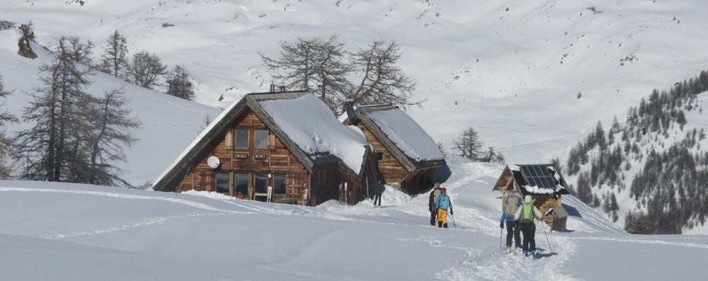 L'arrivée au Refuge du Chardonnet en Val Clarée.