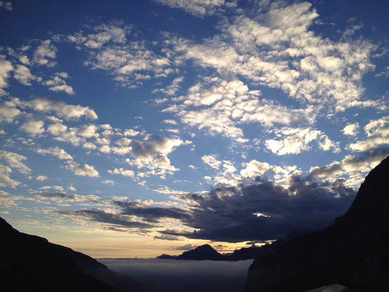 1407596241_wildhornhuette-schweiz-4