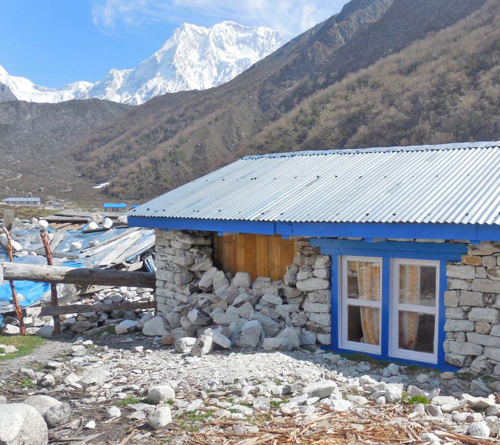 Notre Lodge de Bimthang après la secousse du 12 mai