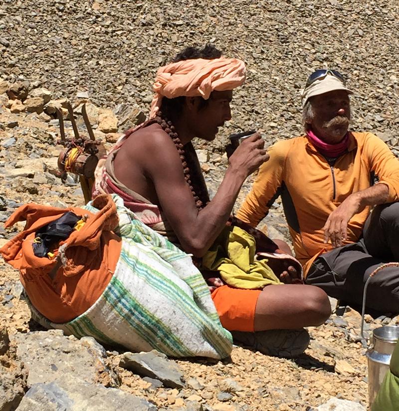 Une rencontre étrange sur le chemin des Damodar. Un jeune pèlerin adepte de Shiva.