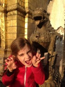 Keiko, à Kathmandu à Noël 2014 et un petit clin d'oeil à toute la famille Nicolazzi.