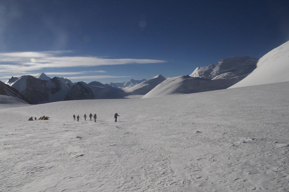 Un départ pas trop matinal pour une belle journée d'alpinisme.