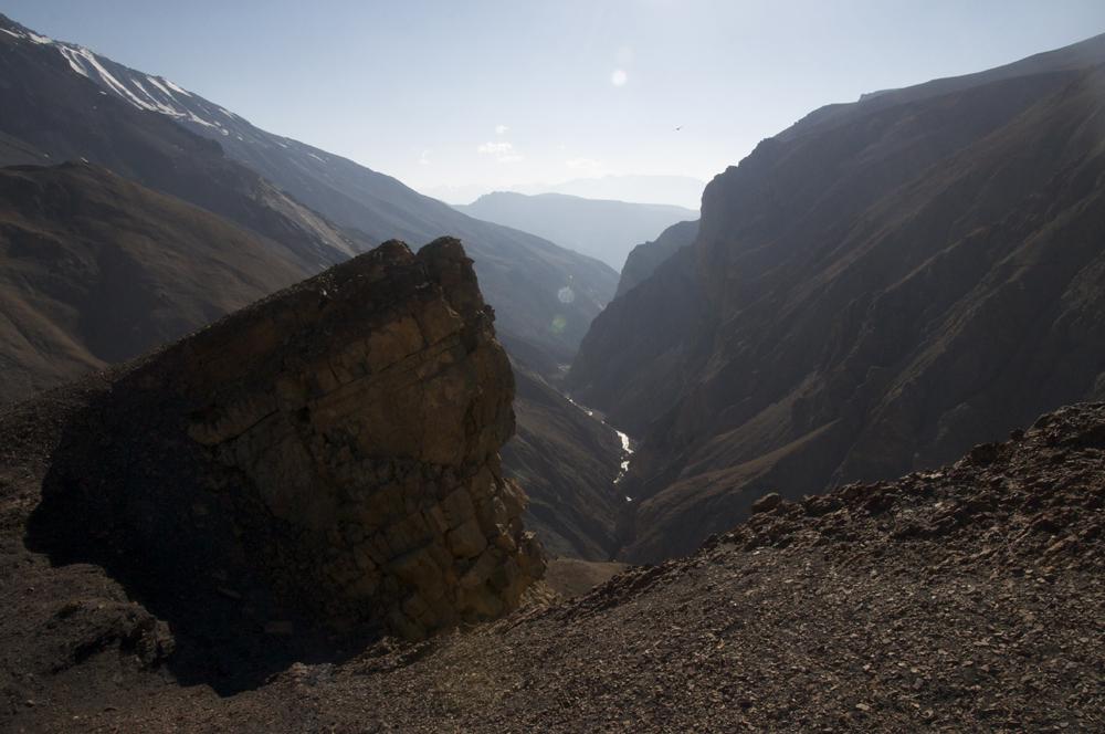 Et nos pensée vont à l'équipe de Bishal et de Tonio qui on remonté cette vallée. Par où sont-ils bien passé ?