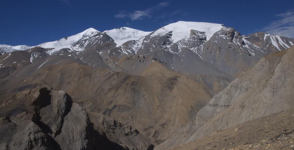 Les sommets après le Sano Kaylash. Aussi très intéressant.