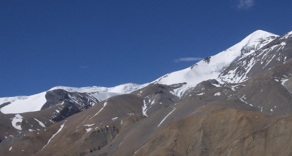 Pour imaginer un accès au Sano Kaylash. Un très beau sommet, mal positionné sur la carte !