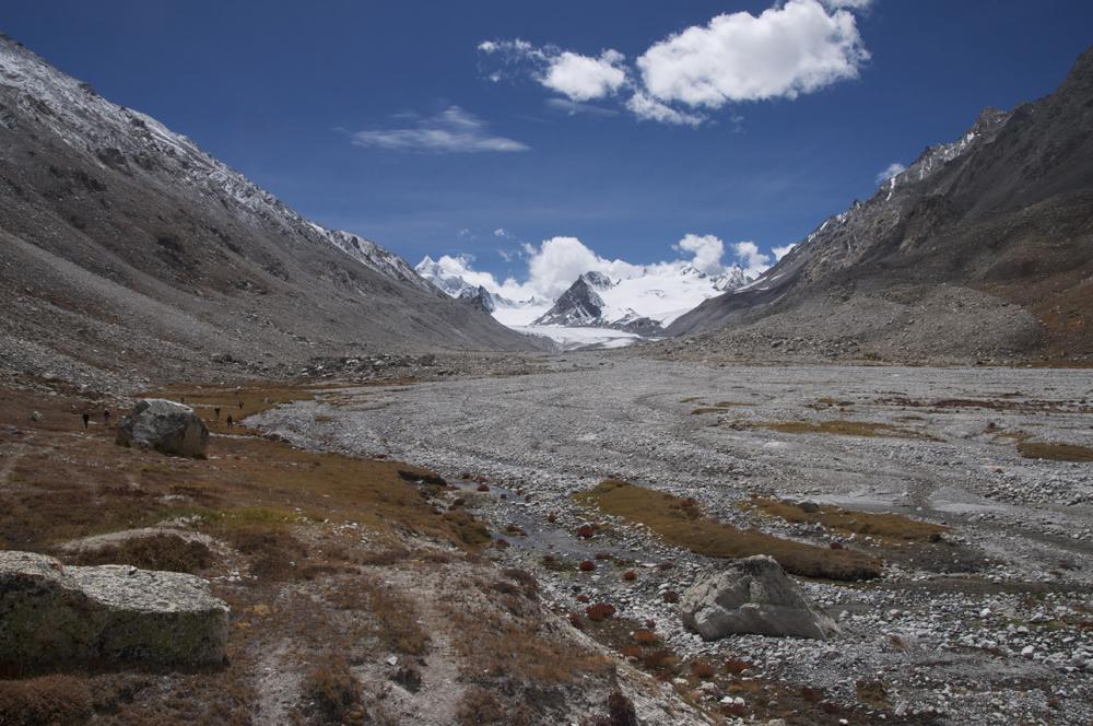 Le bas du Nying Glacier. Agréablement facile d'accès... !