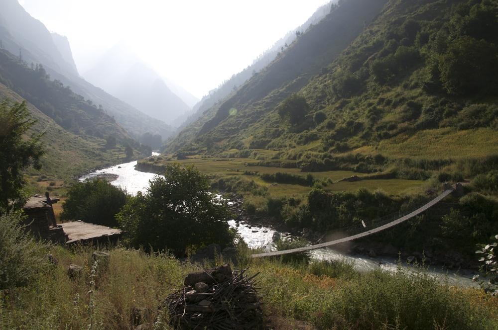 Le pont de Gyagruk pour continuer vers le Lac Rara.