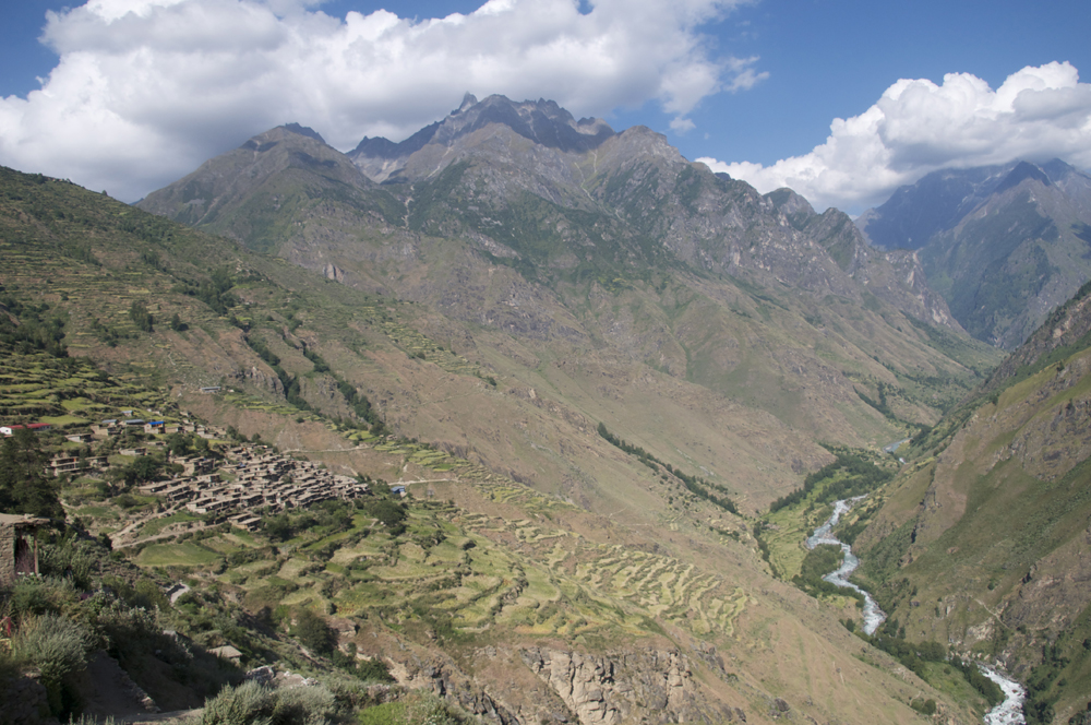 Un paysage typique de la région de Simikot.