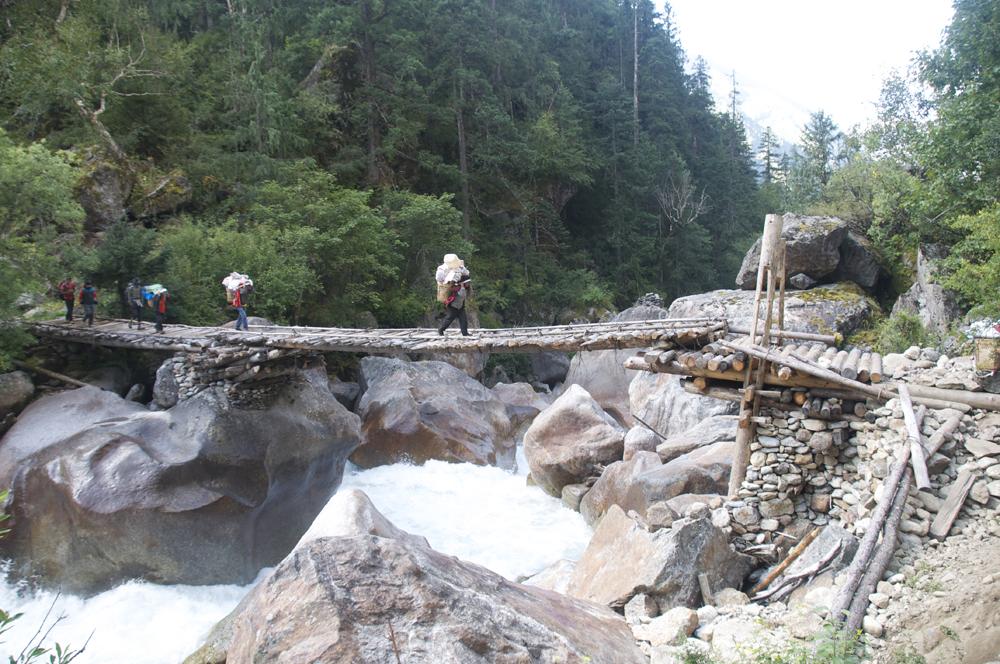 La journée commence par un pont splendide.