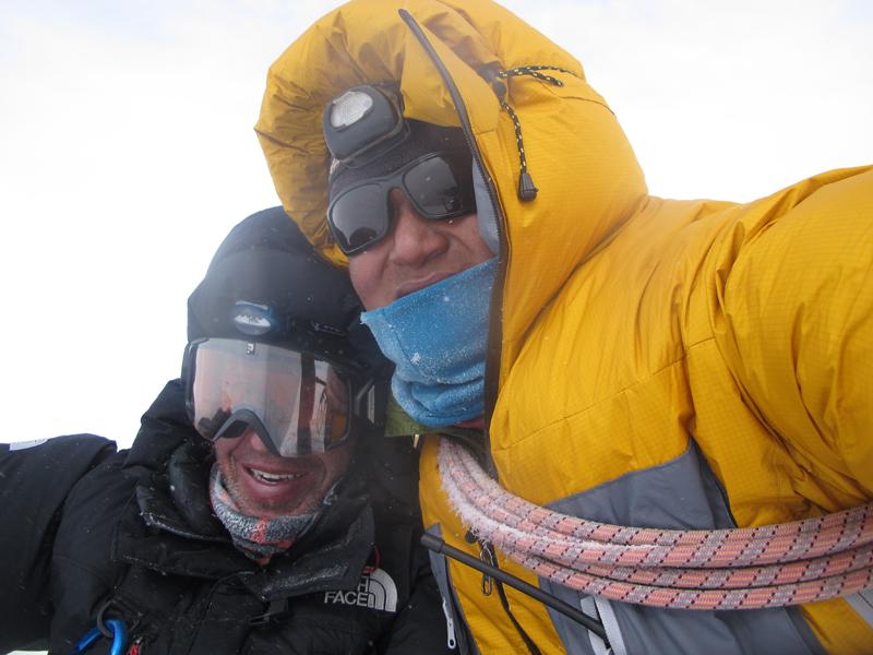 François des Isles, et Jangbu, au sommet. Bon, i va maintenant falloir redescendre !