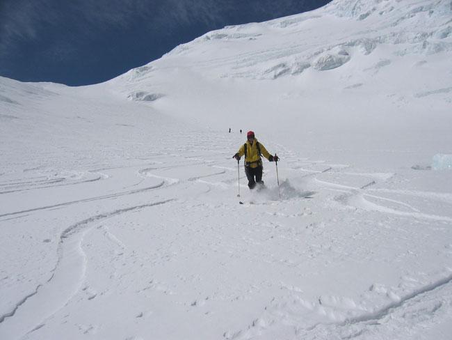 Du très bon ski à 8000 au Shishapangma. Quelle belle expé !