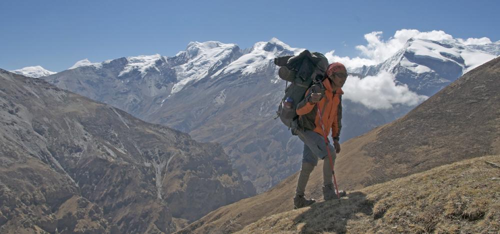 Kharpa et les sommets du Peri Himal.