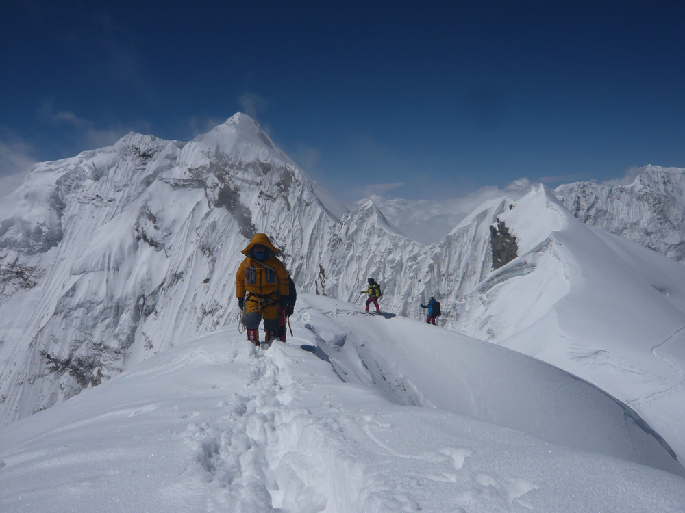 Himlung Himal, summit day on SW Ridge