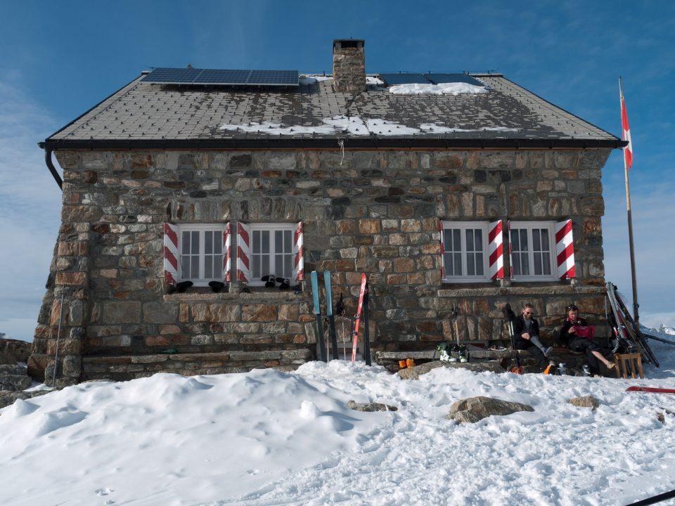 Des refuges Helvétiques... Et bonne nouvelle, je parle même By Philippe_Tomrocle Suisse-Allemand !