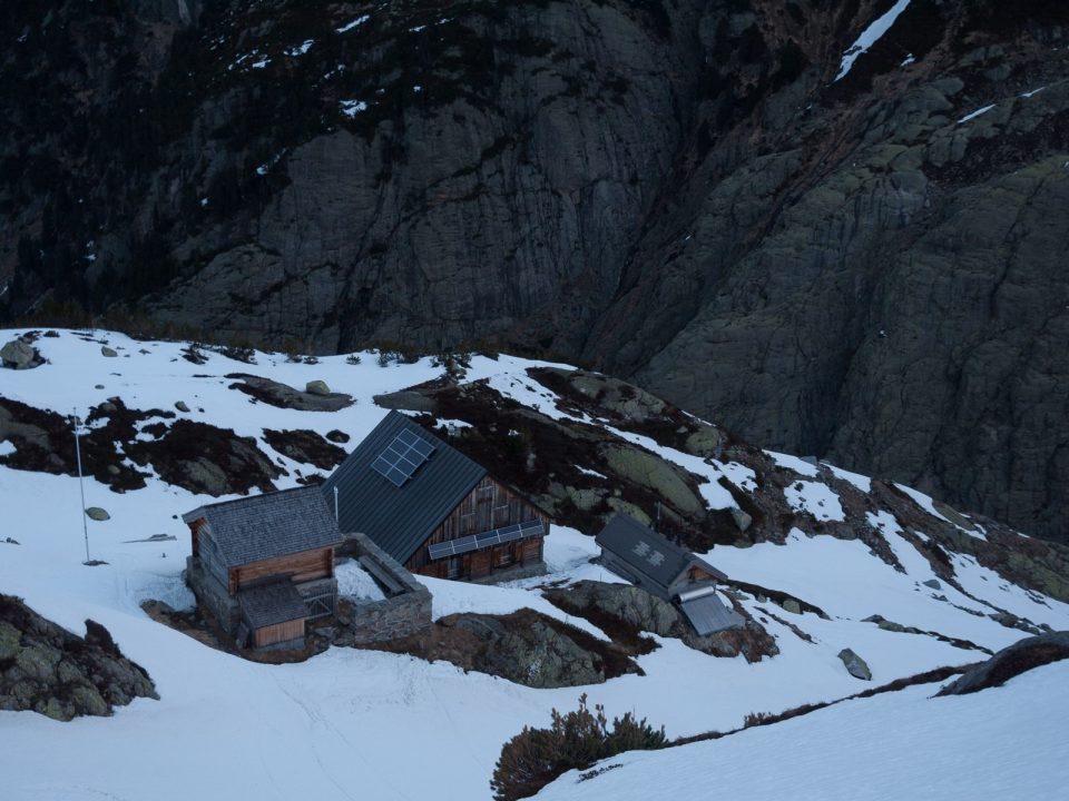 Un refuge suisse particulièrement confortable ! Windeck, le coin du vent... By Philippe_Tomroc