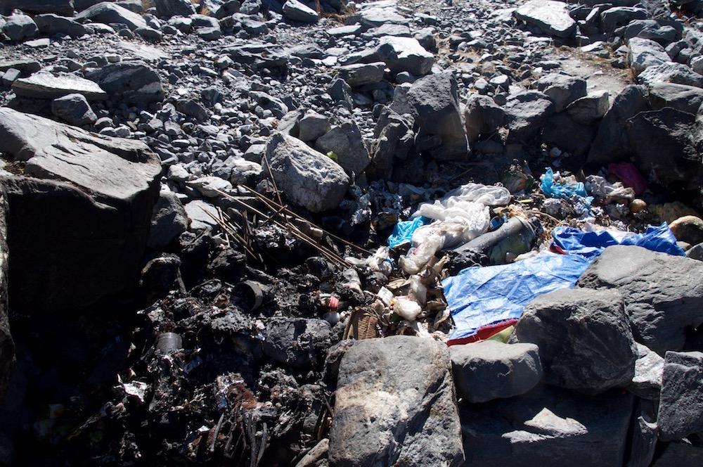 Rubbish in Himalaya