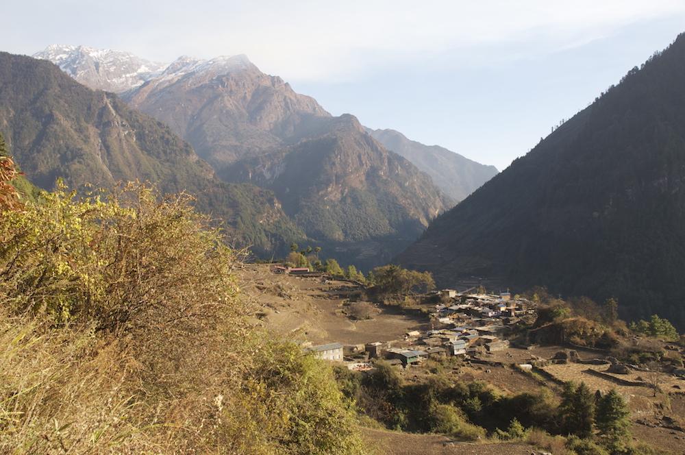 le village de Tache sur le tour des Annapurna