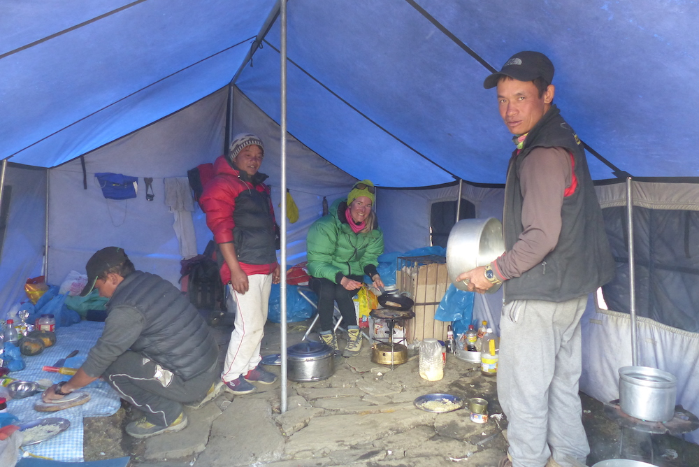 himalayan travellers himlung expedition