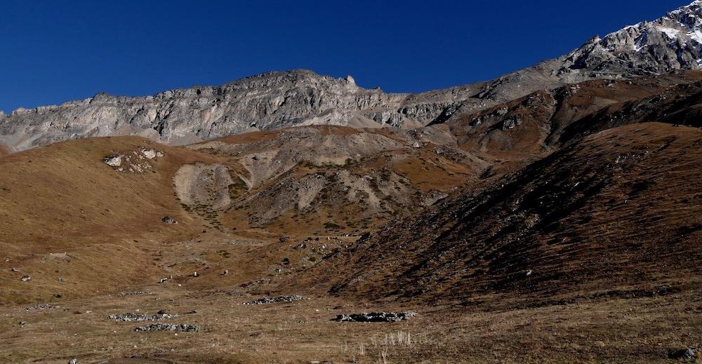 La montée au camp de base du Sang Garu