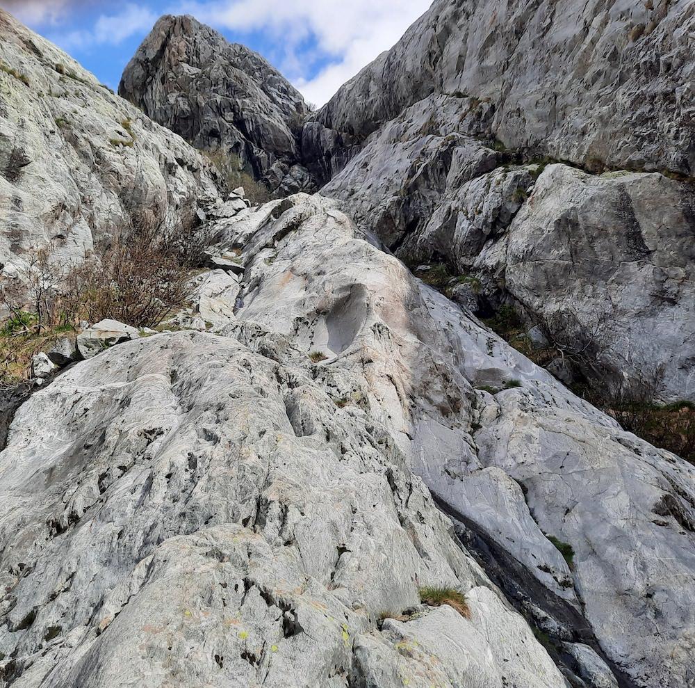 le sentier des guides